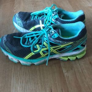 ASICS Duomax in great shape
